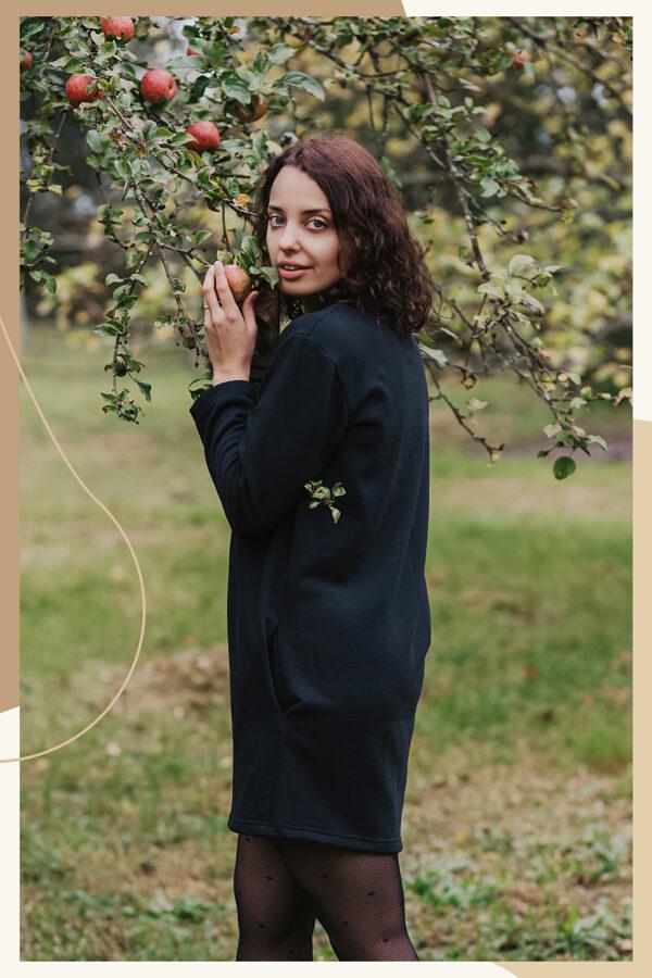 Kokvilnas trikotāžas kleita – melna