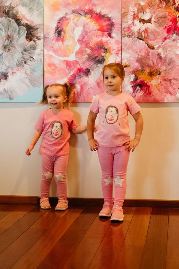 Bērnu t-krekls Ezītis ar ābolīti / gaiši rozā