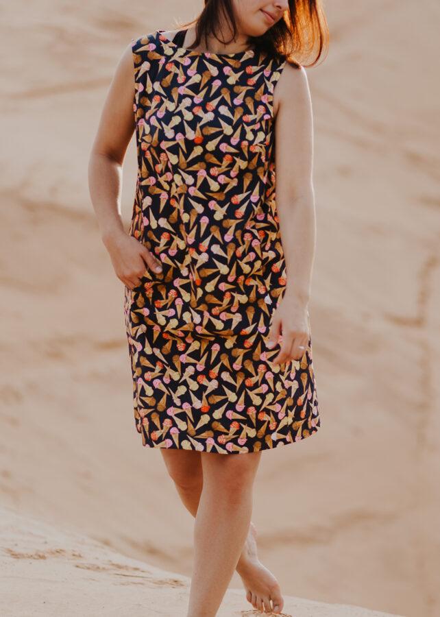 Kokvilnas kleita ar kabatām - saldējums