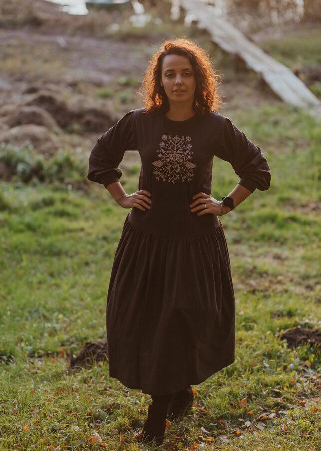 Kokvilnas trikotāžas kleita – tumši pelēka