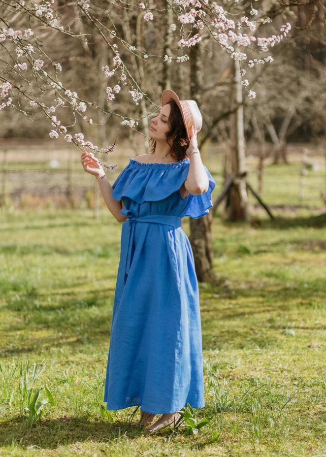 Lina kleita – sniegpulkstenītšu zila